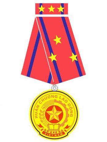 SHALUMI đón nhận Huân chương Lao động hạng Ba 2009